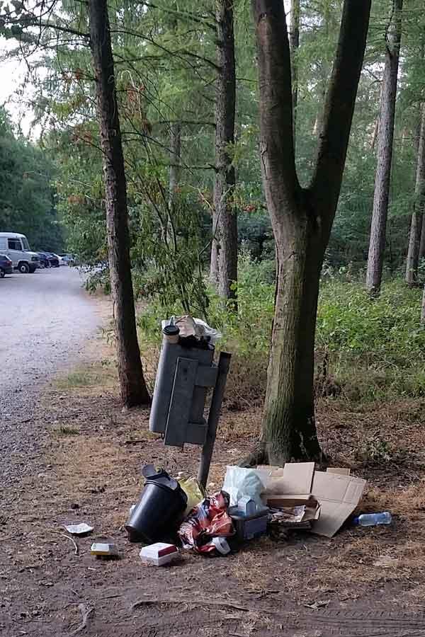 Ewiges Problem Parkplatz ... wenn der Müll nicht mehr ins Auto passt